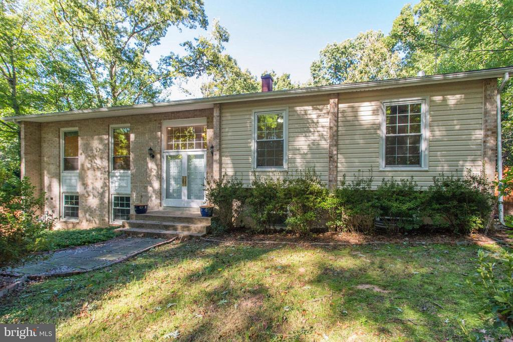 9240  ELJAMES DRIVE 22032 - One of Fairfax Homes for Sale