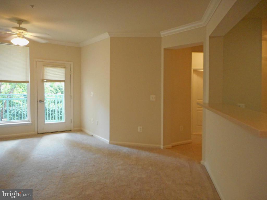 Living Room - 12001 MARKET ST #272, RESTON