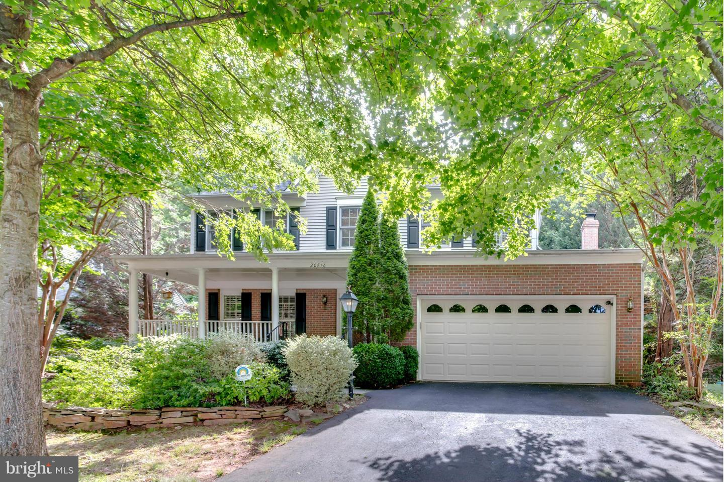 Single Family for Sale at 20816 Waterbeach Pl Sterling, Virginia 20165 United States