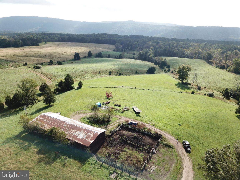 土地,用地 为 销售 在 Slanesville, 西弗吉尼亚州 25444 美国