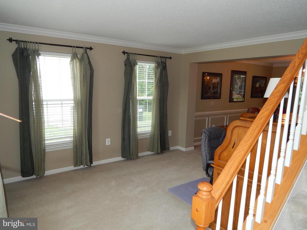 Living Room view from Foyer - 6831 BUCK LN, FREDERICKSBURG