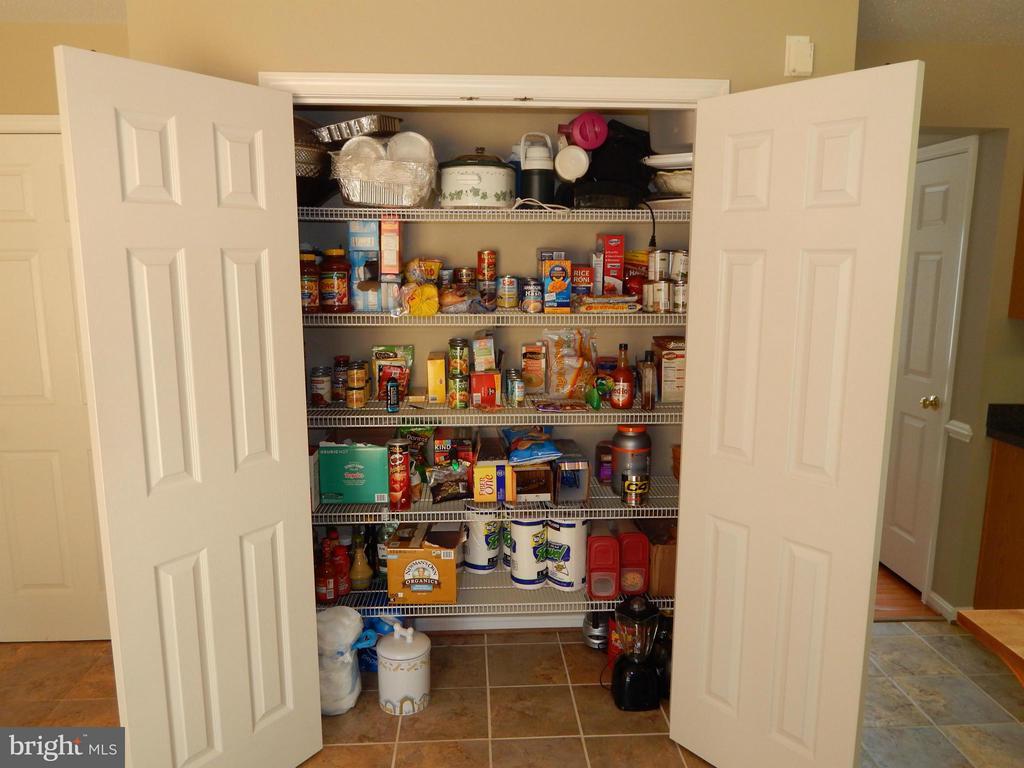 Kitchen - large double-door Pantry - 6831 BUCK LN, FREDERICKSBURG