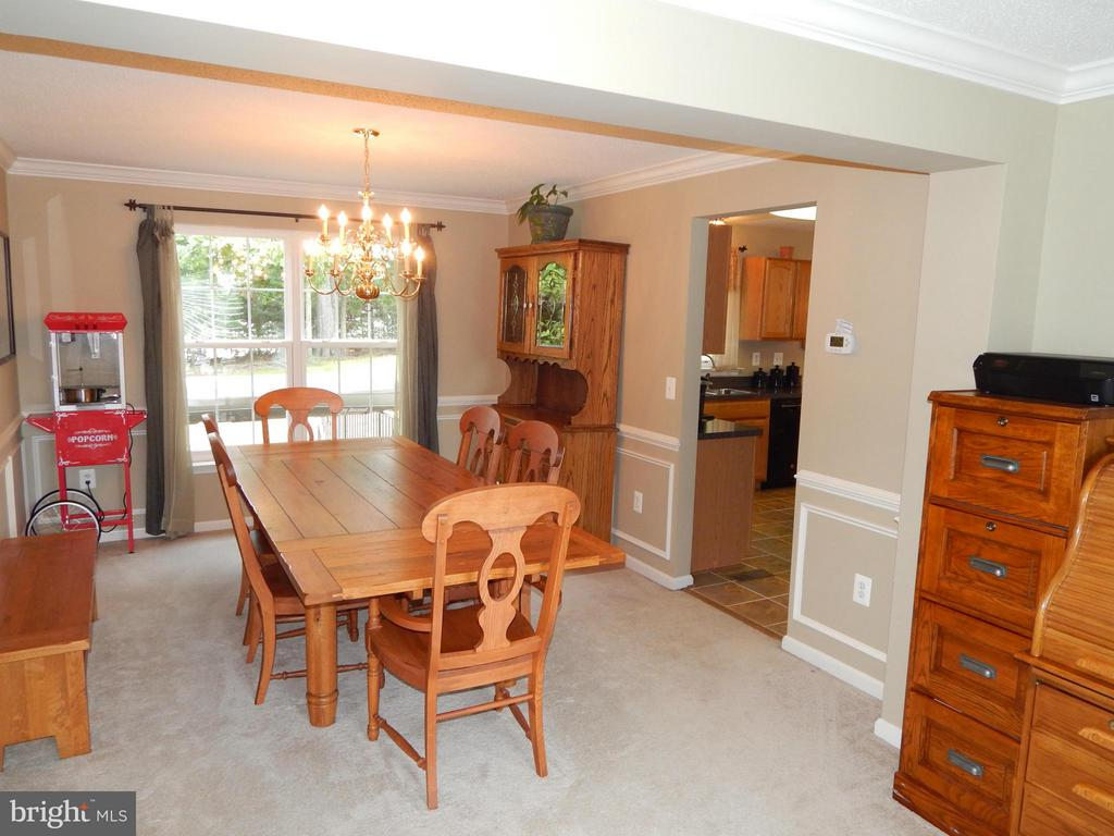 Dining Room w/large table space, open to Living Rm - 6831 BUCK LN, FREDERICKSBURG