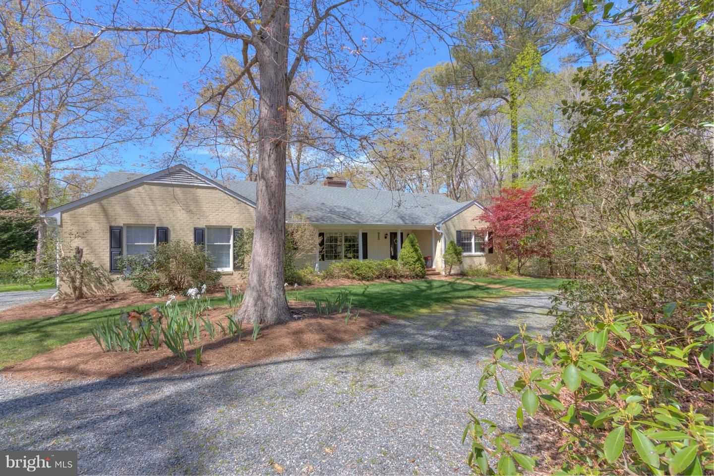 Single Family for Sale at 312 Lee Dale Drive Wicomico Church, Virginia 22579 United States