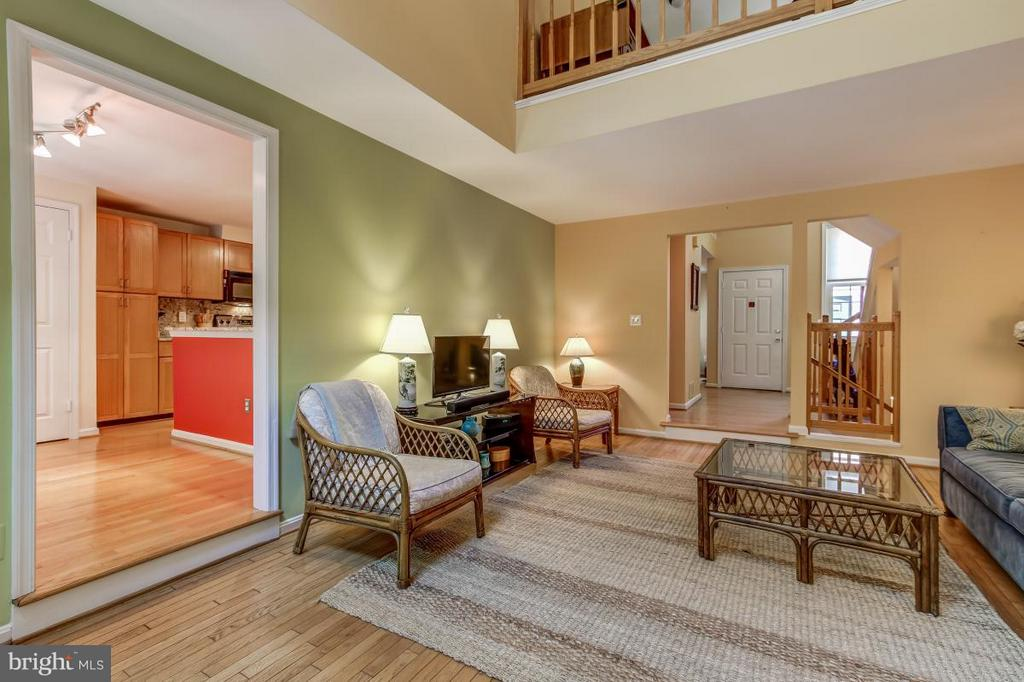 Living Room connects to both Main and Upper Levels - 11749 ARBOR GLEN WAY, RESTON