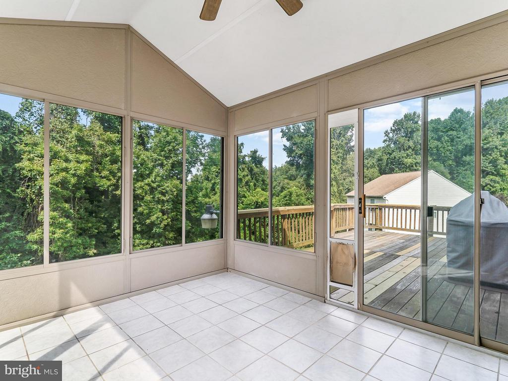 Back Porch leading to large Deck - 4406 BIRCHTREE LN, TEMPLE HILLS