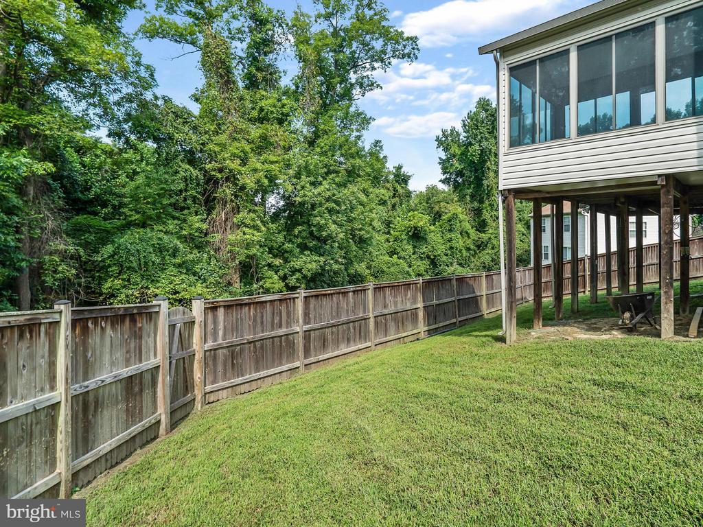 Fenced Back Yard - 4406 BIRCHTREE LN, TEMPLE HILLS