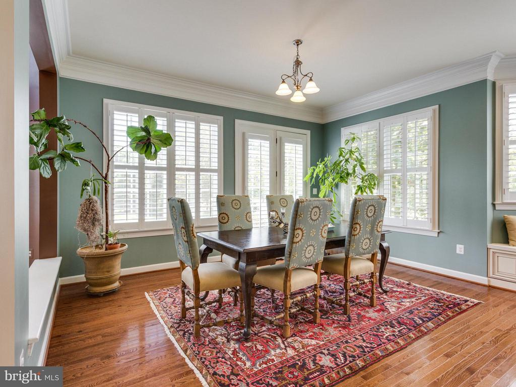 Breakfast Room w/French Doors to the Back  Yard - 1355 VERRIER CT, VIENNA