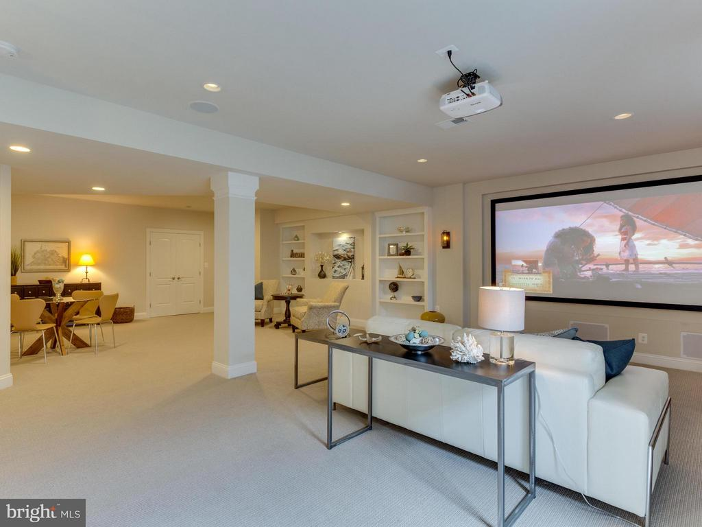 NEW LL family room w/high end theatre system - 1355 VERRIER CT, VIENNA