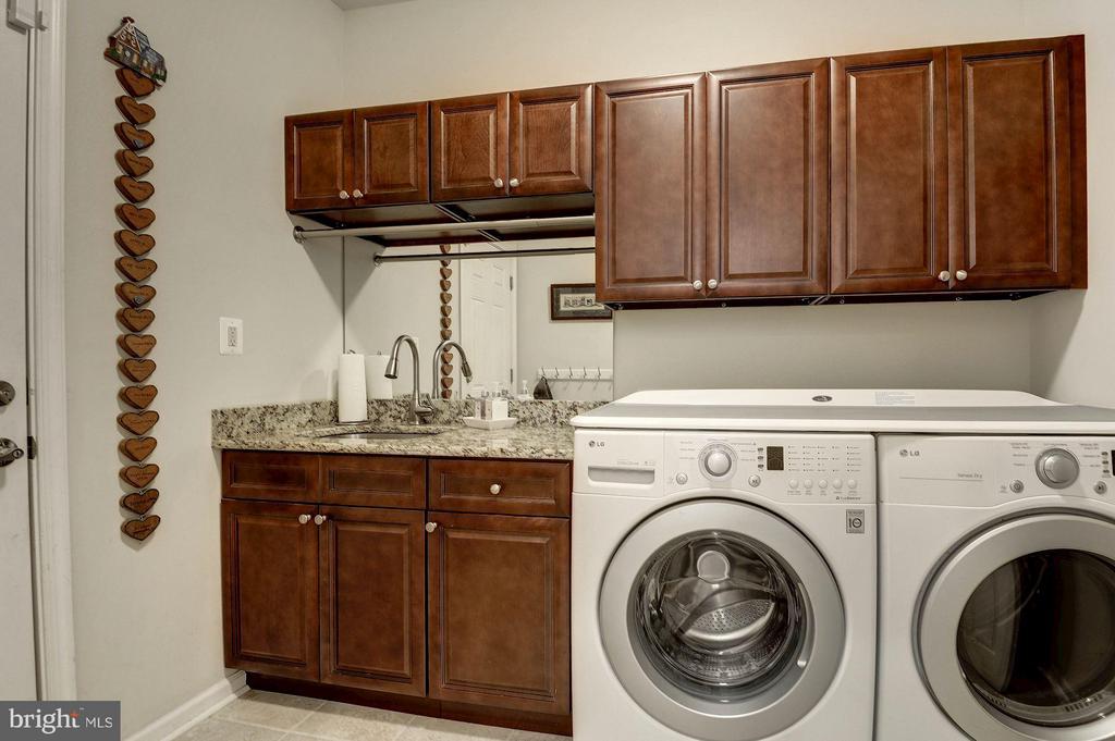Laundry Room - 1328 MURRAY DOWNS WAY, RESTON