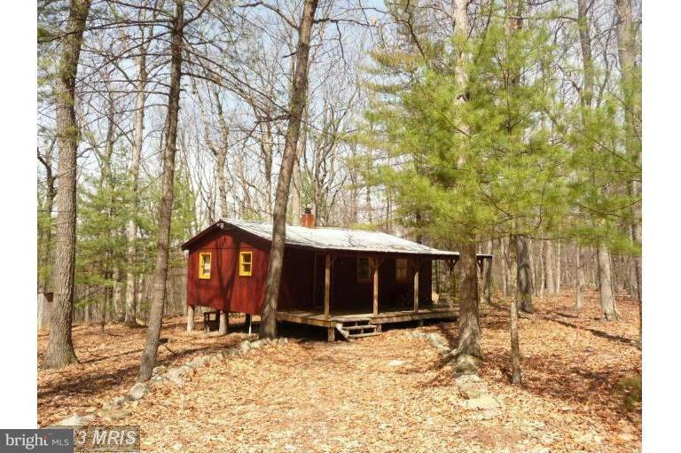 Single Family for Sale at 182 Pine Dr Mathias, West Virginia 26812 United States