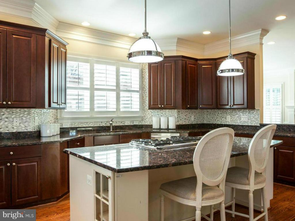 Kitchen - 3604 JOHN CT, ANNANDALE