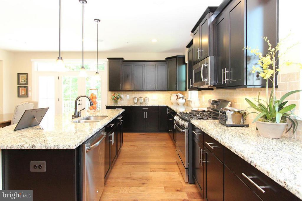 Kitchen - 2183 POTOMAC RIVER BLVD, DUMFRIES