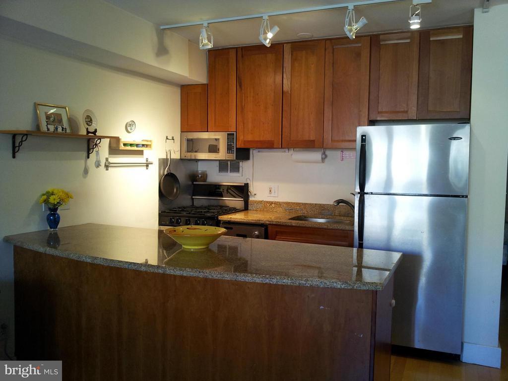 Kitchen - 1801 CLYDESDALE PL NW #623, WASHINGTON