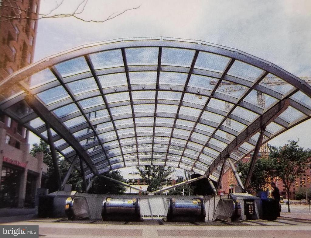 Virginia Square Metro - a block away - 3625 10TH ST N #401, ARLINGTON