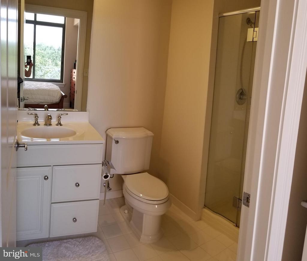 Second Bedroom Bath - 3625 10TH ST N #401, ARLINGTON