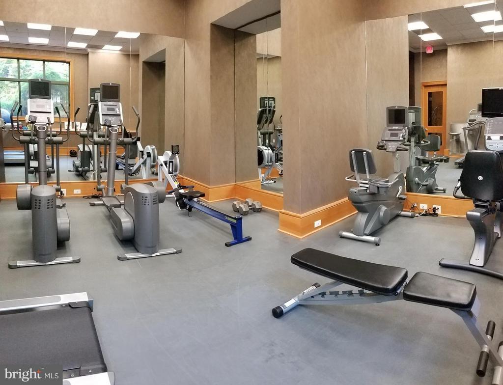 Fitness Center - 3625 10TH ST N #401, ARLINGTON