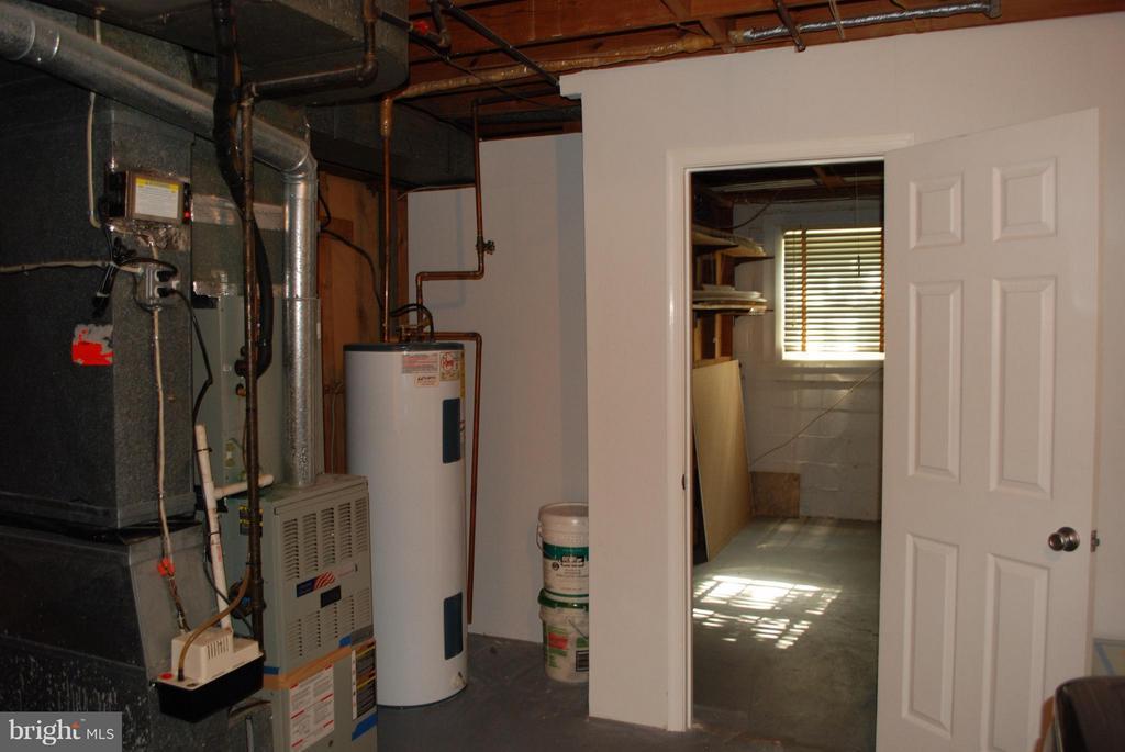 Interior (General) - 3421 BEAUFORD CIR, ANNANDALE
