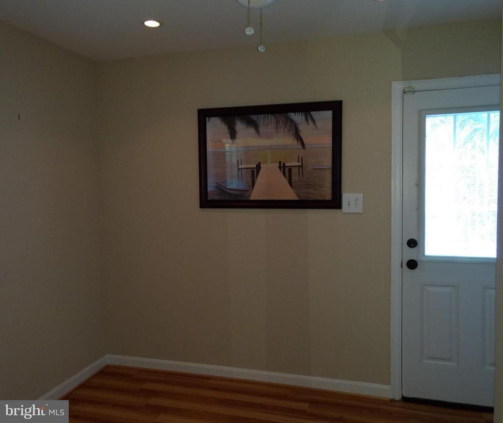 basement bedroom - 3421 BEAUFORD CIR, ANNANDALE