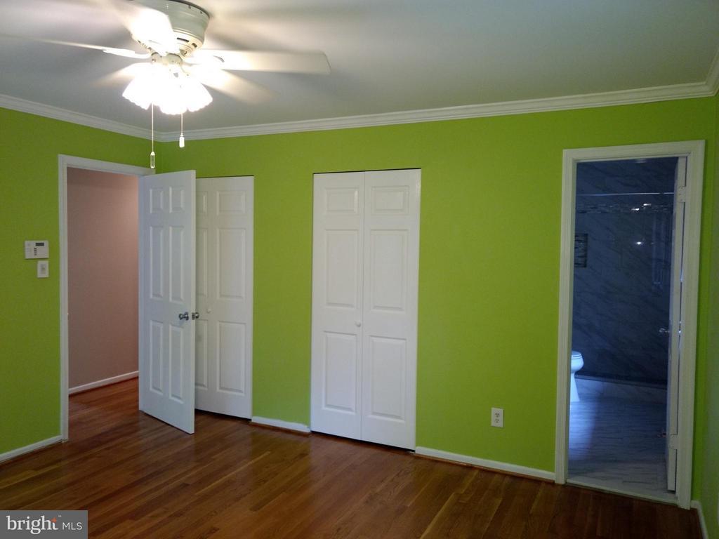 Bedroom (Master) - 3421 BEAUFORD CIR, ANNANDALE