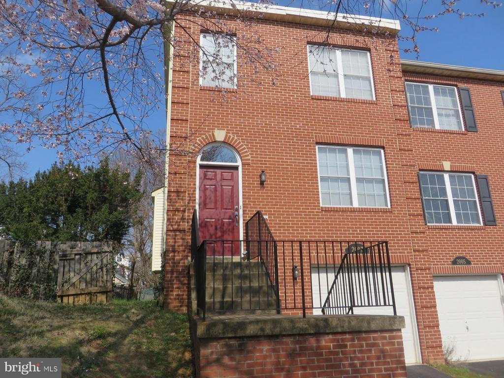 Arlington Homes for Sale -  Foreclosure,  2007  DINWIDDIE STREET
