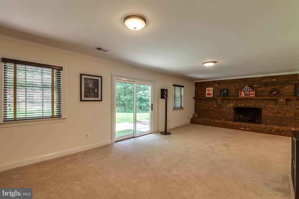 Walk out to your patio and backyard from this room - 11905 CHAPEL RD, CLIFTON