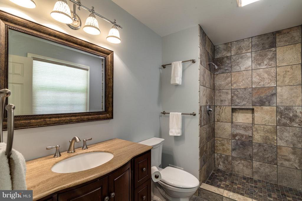 The tile, vanity, lights, everything- Updated - 11905 CHAPEL RD, CLIFTON