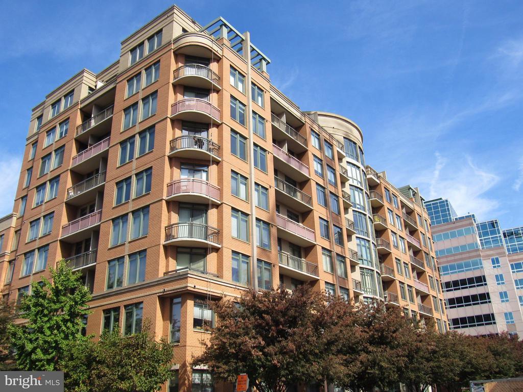 Luxury building and gorgeous unit - 3625 10TH ST N #803, ARLINGTON