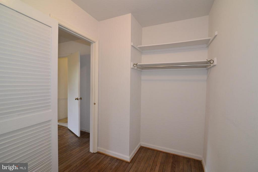 Walk in Closet of 3rd Bedroom - 8511 FORRESTER BLVD, SPRINGFIELD