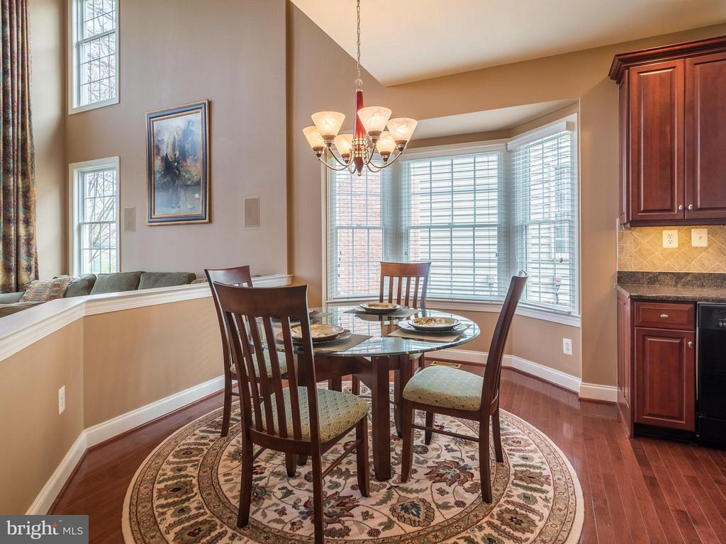 Breakfast area - 19825 BETHPAGE CT, ASHBURN