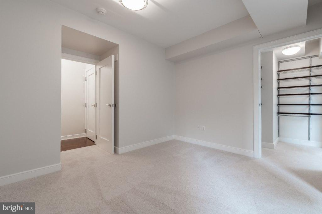 Second Bedroom with walk-in closet - 1111 19TH ST N #1403, ARLINGTON