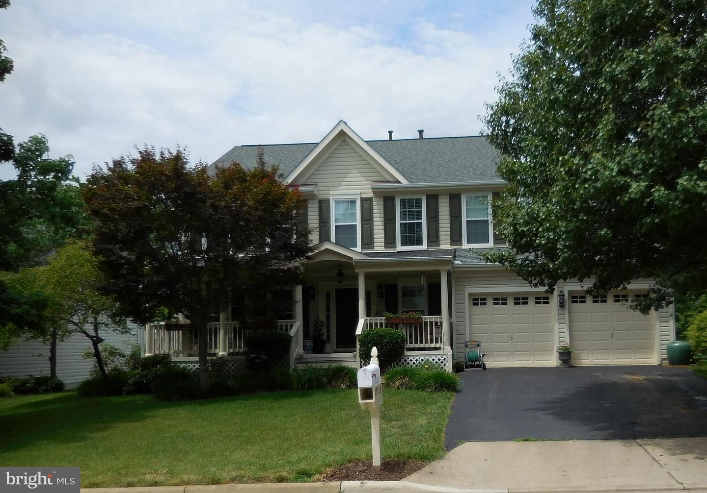 Other Residential for Rent at 17319 Arrowood Pl Round Hill, Virginia 20141 United States