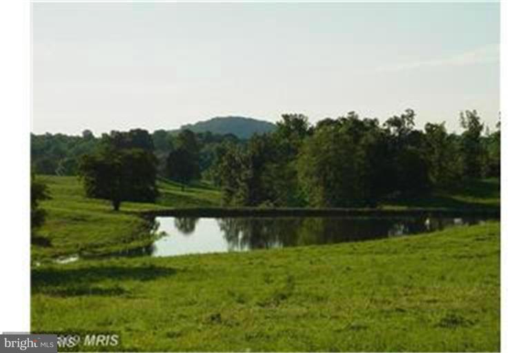 Land voor Verkoop op Hume, Virginia 22639 Verenigde Staten