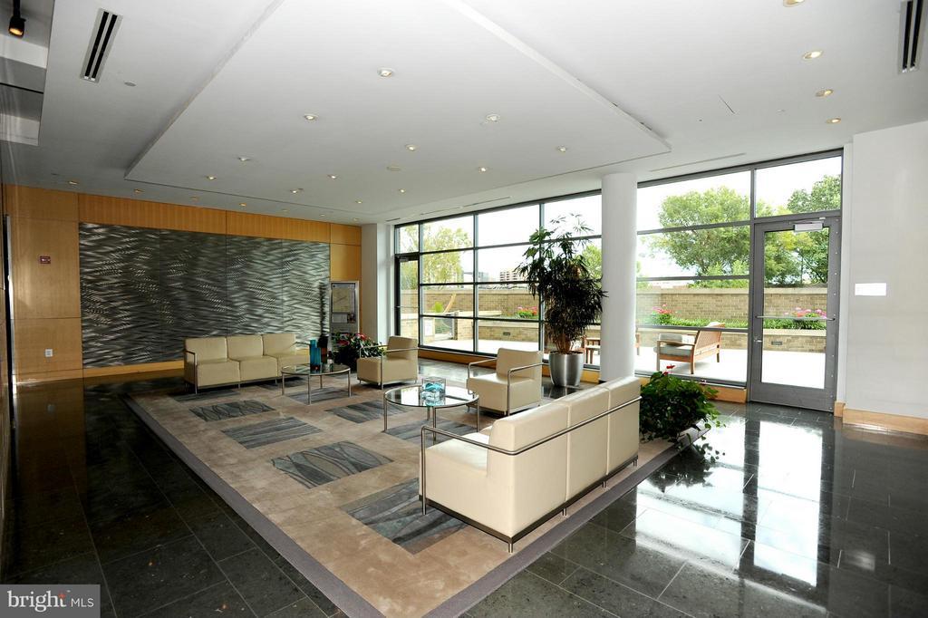 Lobby - 2001 15TH ST N #1612, ARLINGTON