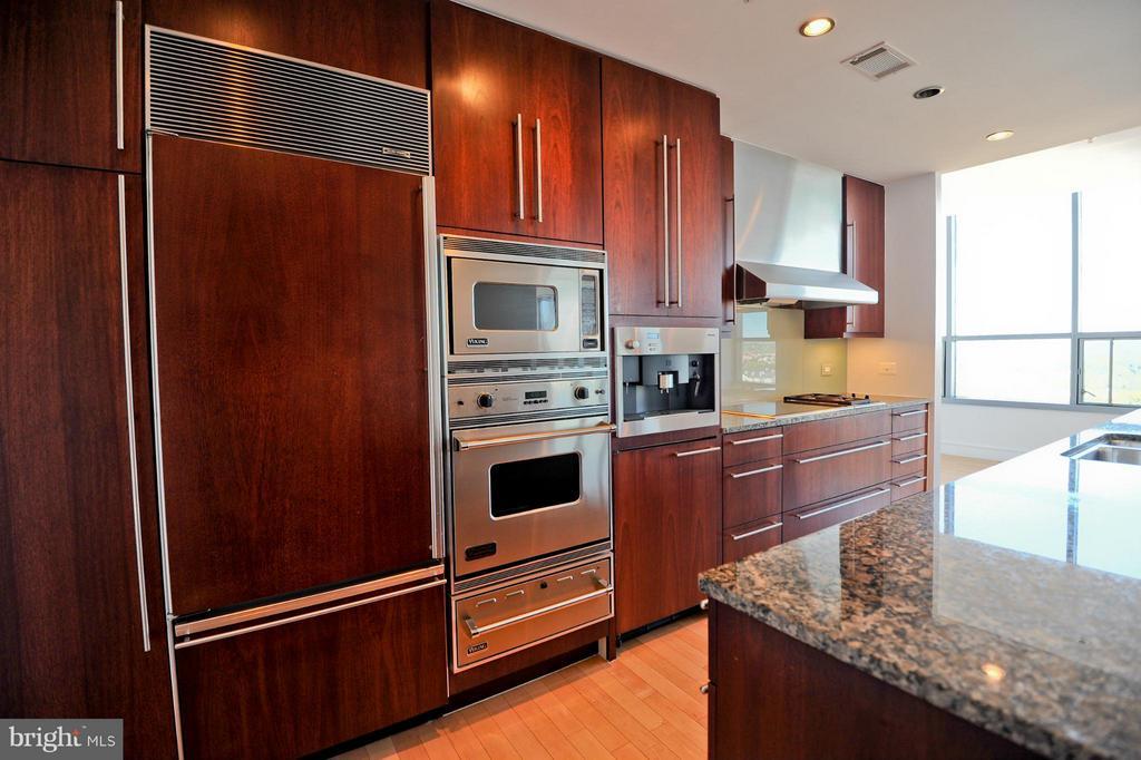 Kitchen - 2001 15TH ST N #1612, ARLINGTON