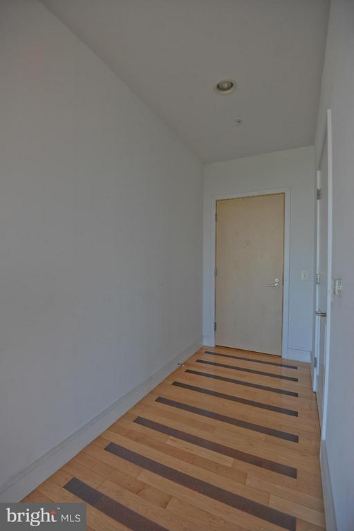 Foyer - 2001 15TH ST N #1612, ARLINGTON