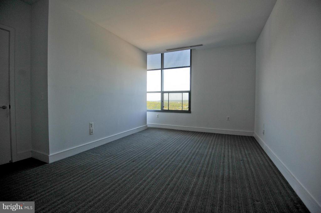 Bedroom (Master) - 2001 15TH ST N #1612, ARLINGTON