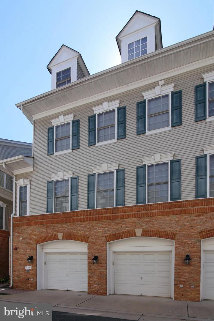 Other Residential for Rent at 7751 Milford Haven Dr #51a Lorton, Virginia 22079 United States