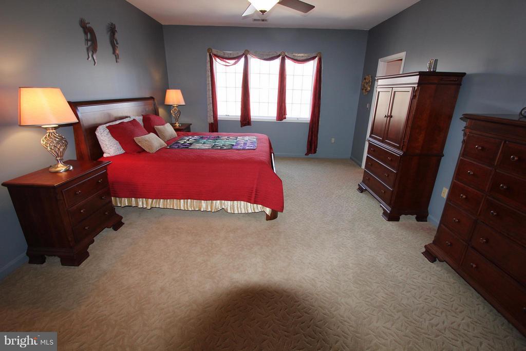 Bedroom - 4551 SUNSHINE CT, WOODBRIDGE