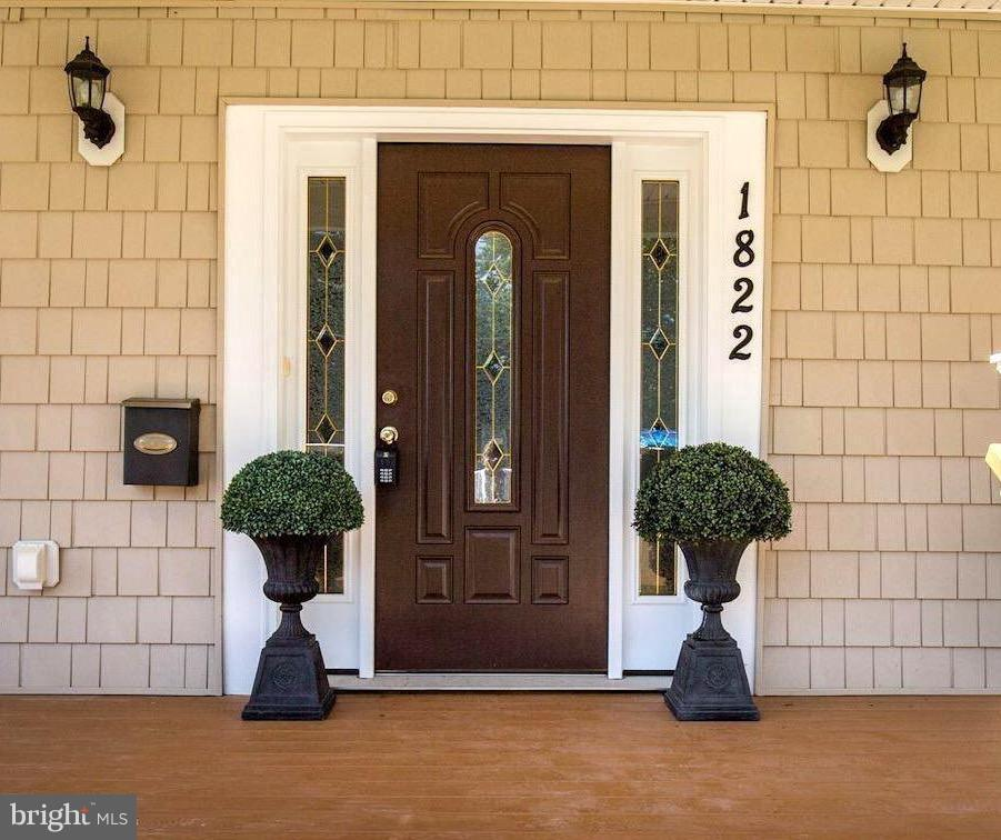 Elegant entry - Black Double  doors coming! - 1822 ANDERSON RD, FALLS CHURCH