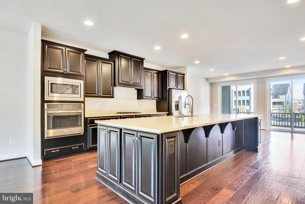 Kitchen - 43382 WHITEHEAD TER, ASHBURN