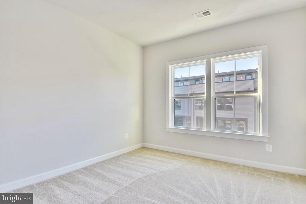 Bedroom 3 - 43382 WHITEHEAD TER, ASHBURN