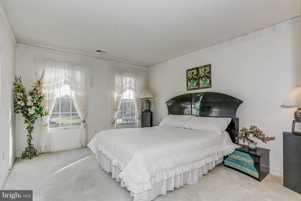 Bedroom 3 - 7235 CYPRESS HILL DR, GAITHERSBURG