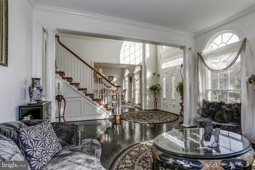 View From Living Room - 7235 CYPRESS HILL DR, GAITHERSBURG