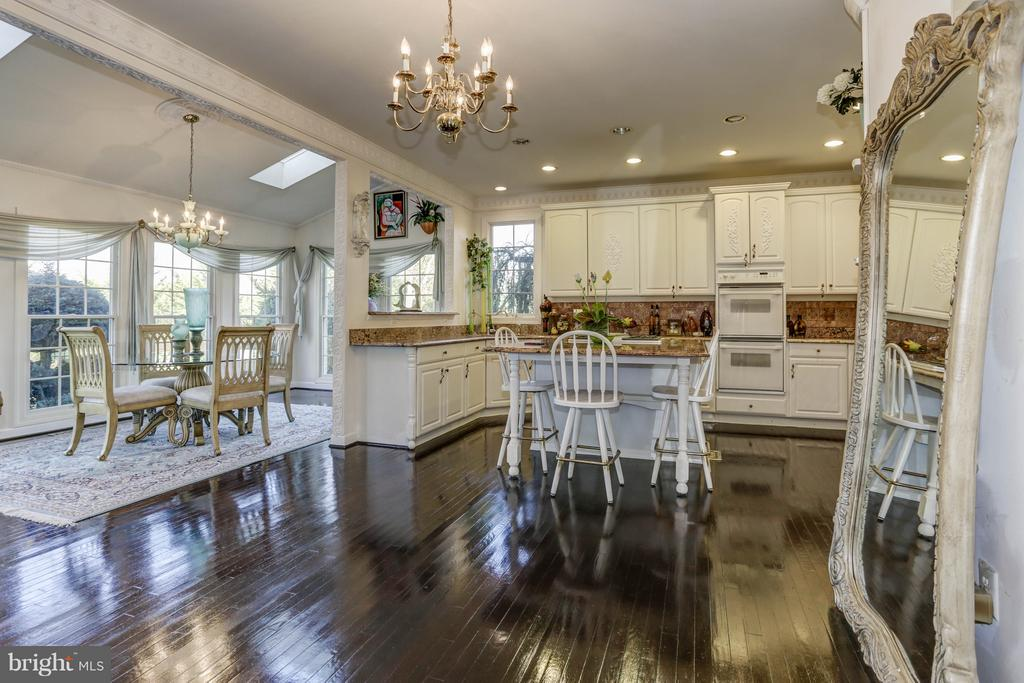 Kitchen/Breakfast Room - 7235 CYPRESS HILL DR, GAITHERSBURG