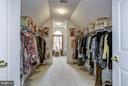 Master Walk-In Closet - 7235 CYPRESS HILL DR, GAITHERSBURG