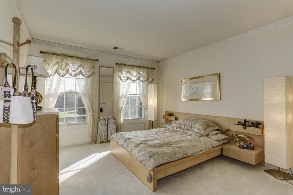 Bedroom 4 - 7235 CYPRESS HILL DR, GAITHERSBURG