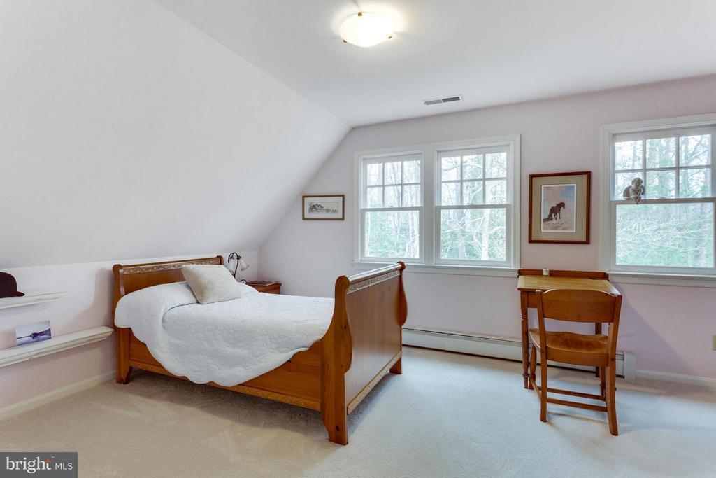 Bedroom - 11339 VALE RD, OAKTON