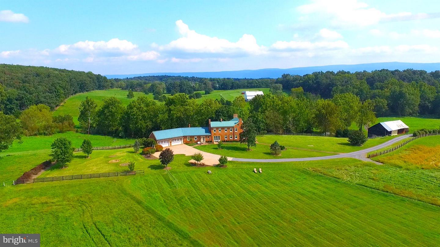 Farm for Sale at 2337 Coffmantown Rd Woodstock, Virginia 22664 United States