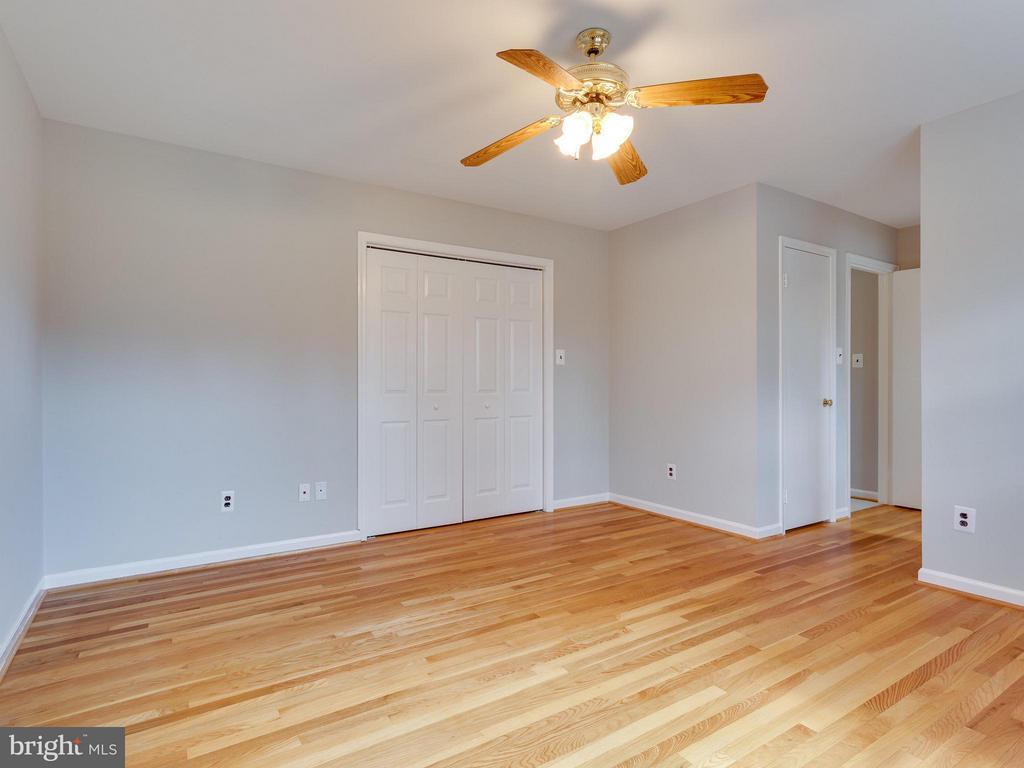 Bedroom #2 - 11414 WAPLES MILL RD, OAKTON